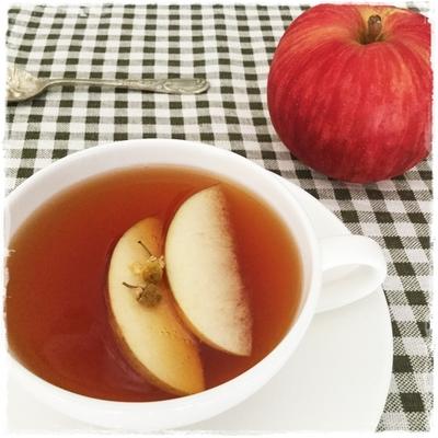 apple&chamomiletea.JPG
