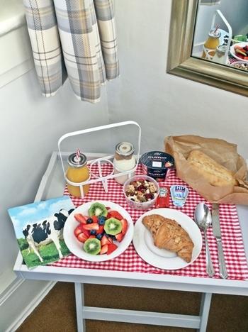 breakfasthamper-1.jpg